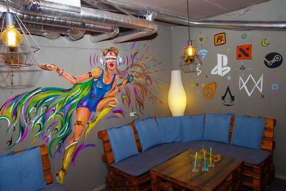 Игровое кафе - оформление стен