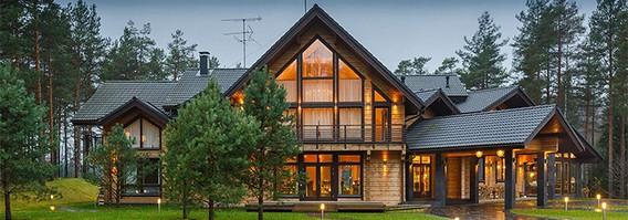 Огромный дом из клееного бруса
